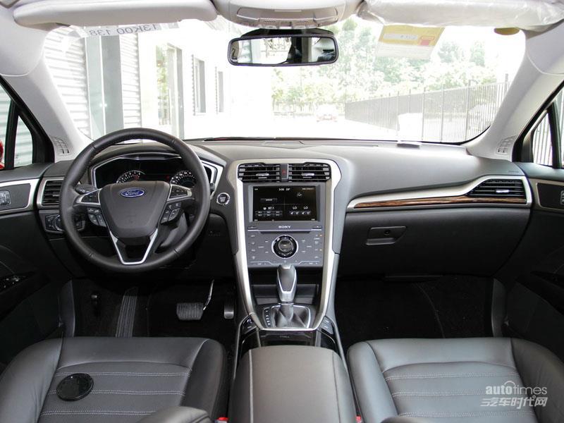蒙迪欧 2013款 2.0 GTDi240 旗舰型