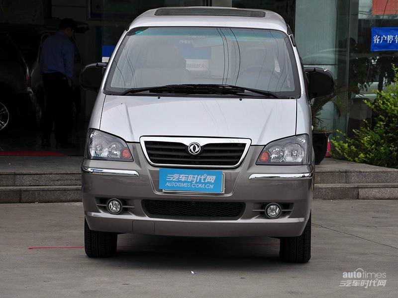 东风风行 菱智 2011款 2.4 QA 豪华版 长车 车身外观图片高清图片