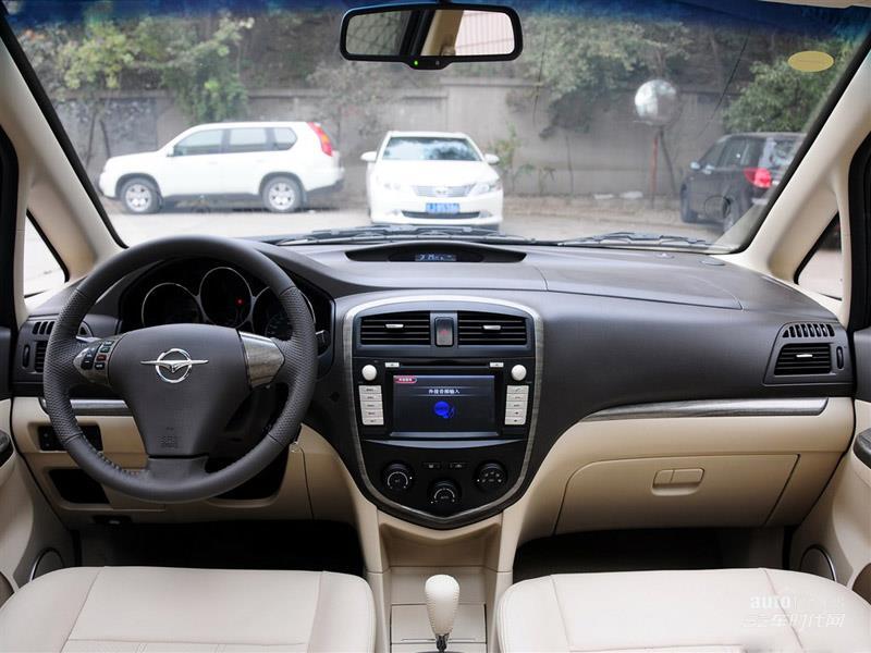 海马汽车 普力马 2014款 1.8L 自动7座尊享版 内饰图片 -[ 普力马 2014高清图片