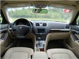 荣威750 2011款 1.8T HYBRID 混合动力版图片