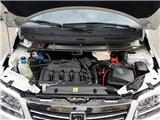 2010款 1.6L 汽油6座豪华型