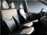 2010款 1.6L 汽油6座尊贵型双天窗