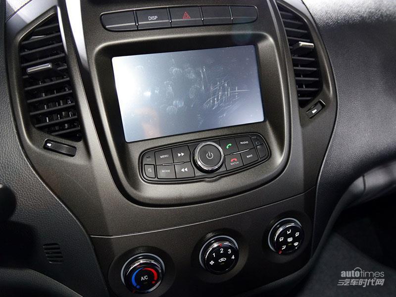 吉利汽车 吉利金刚 2014款 三厢 1.5 MT 精英型 内饰图片高清图片