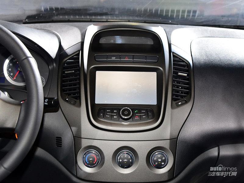 英伦汽车 英伦金刚 2014款 三厢 1.5 MT 精英型 内饰图片高清图片