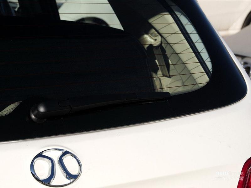 北京汽车 绅宝D20 2015款 两厢 1.3L 乐天手动版 车身外观图片高清图片