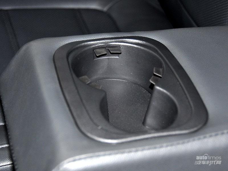 野马汽车 野马T70 2015款 1.8T CVT睿智型 空间图片高清图片