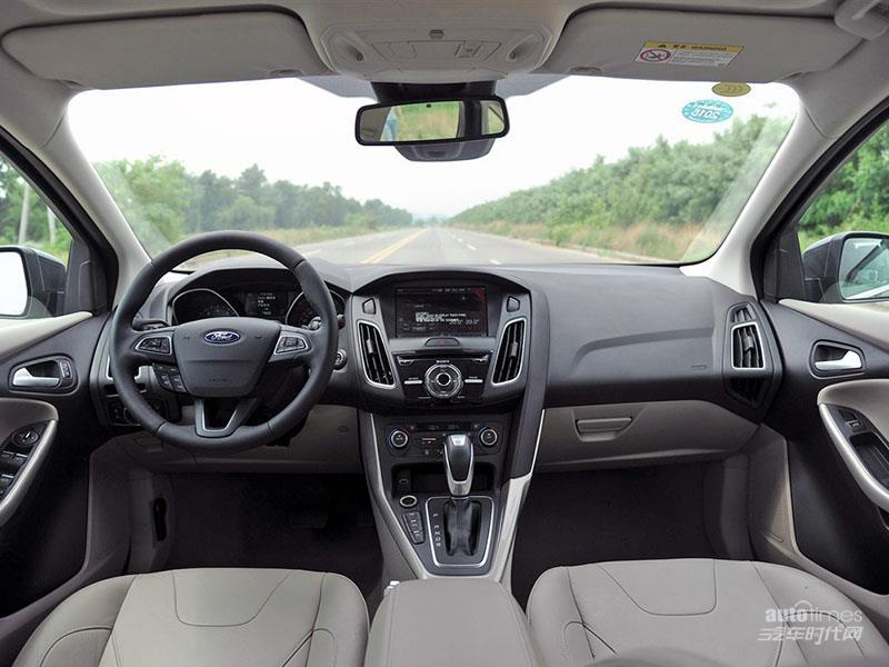 福克斯 2015款 三厢 1.5L GTDi 自动旗舰型