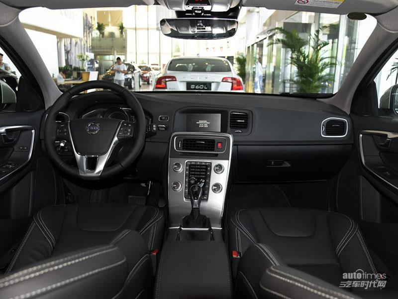 沃尔沃V60 2017款 2.0T T5 智雅版