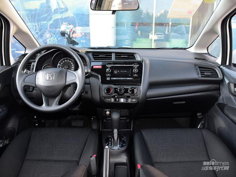 飞度 2016款 1.5L LXS CVT舒适天窗版