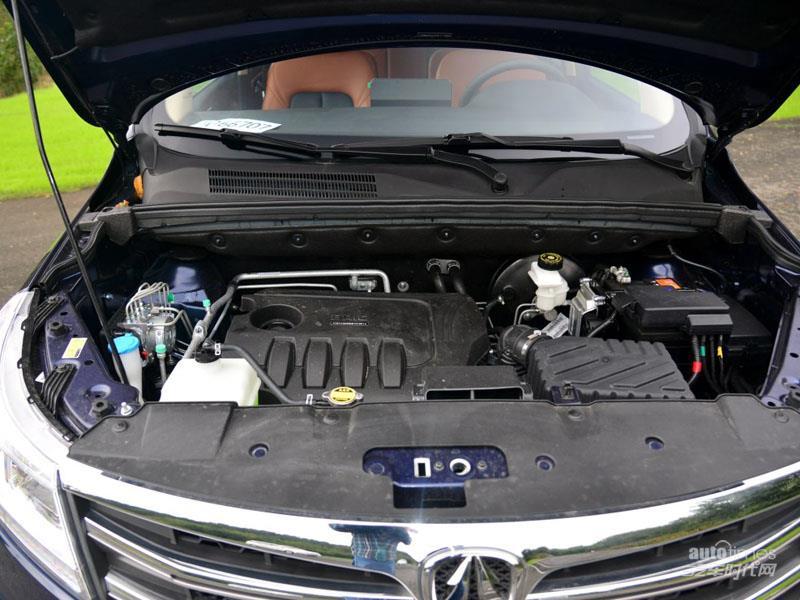 北汽威旺M50F 2017款 1.5L 手动豪华型