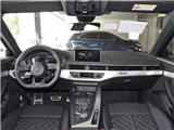 2018款 3.0TFSI Limousine