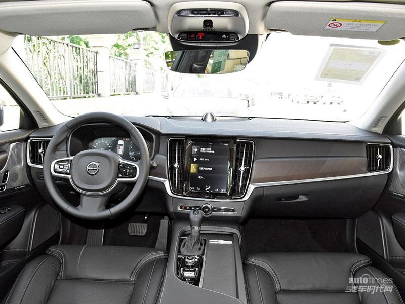 沃尔沃V90 2019款 Cross Country T5 AWD 智尊版