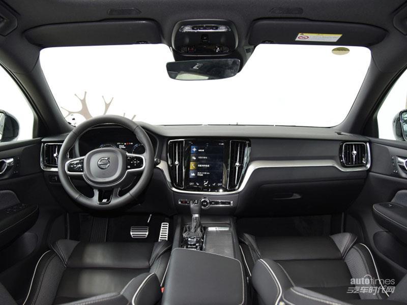 沃尔沃V60 2020款 T5 智远运动版