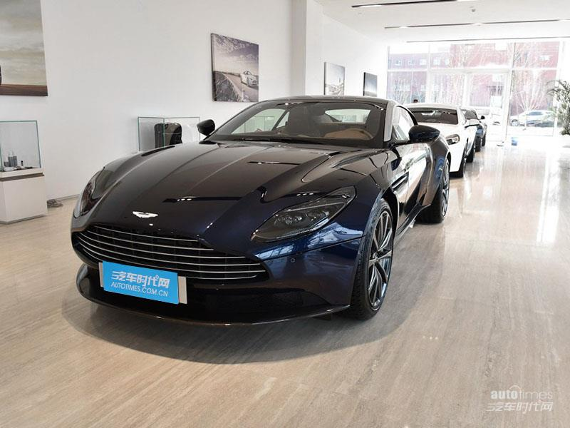 DB11 2019款 4.0T V8 Coupe